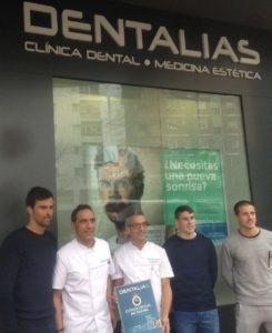 Dentalias recibe a los jugadores del Real Racing Club de Fútbol en sus instalaciones